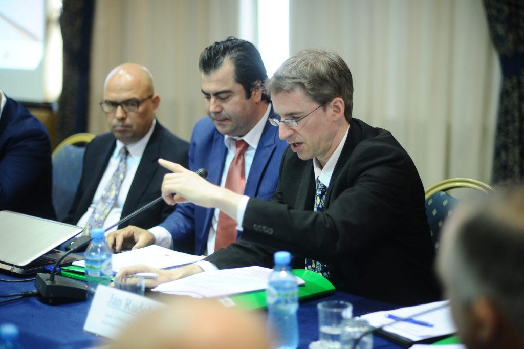 Jan Rudolph, BE, INFOCIP, tryeza per drejtesine administrative